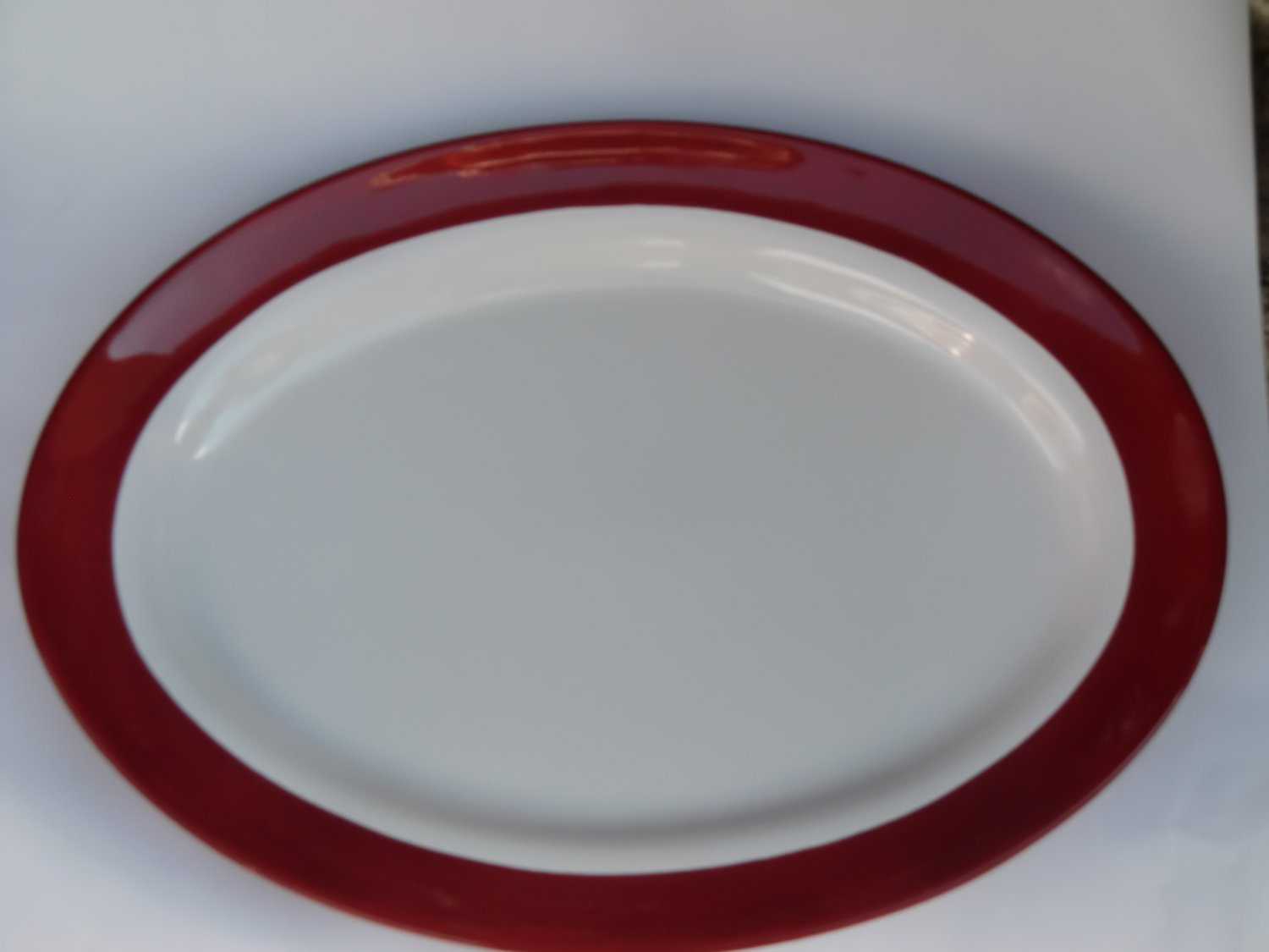 Pampered Chef Simple Additions Like New Large Oval Serving Platter, White w/ Cranberry Accent #2059