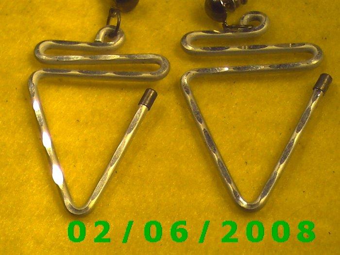 Silver Triangles Pierced Earrings (061)