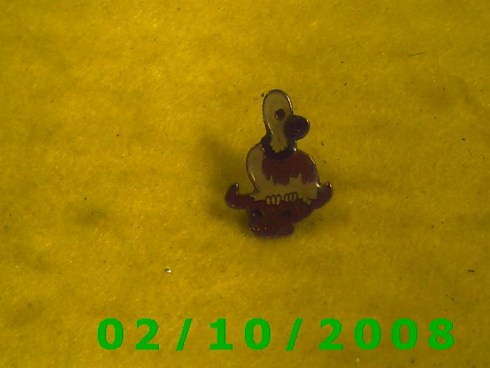 A Vulcher Hat Pin