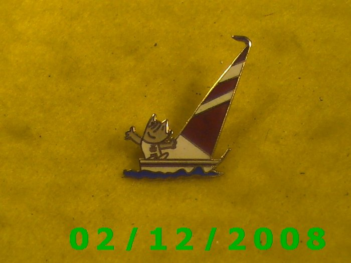 1988 Sailboat Hat Pin