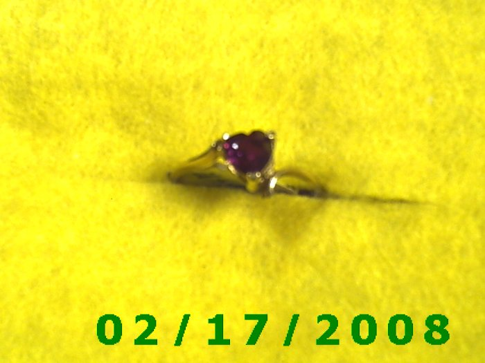 Ring Solid Gold, 10kt  w/ruby heart   size 7 (F008)