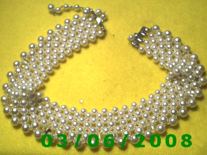 """16"""" Pearl Necklace w/simulated diamonds (011)"""