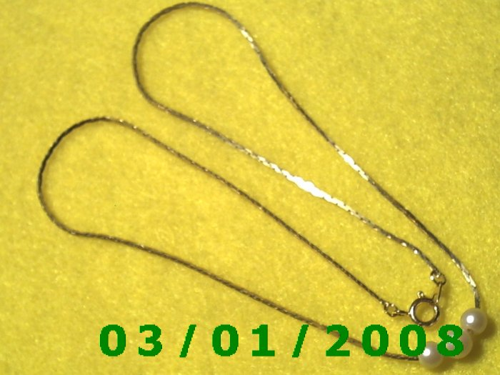 """16"""" Gold Plated 50's Necklace 3 Pearls (001)"""