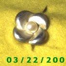 """1 x 1"""" Silver Flower w/Pearl  (R044)"""