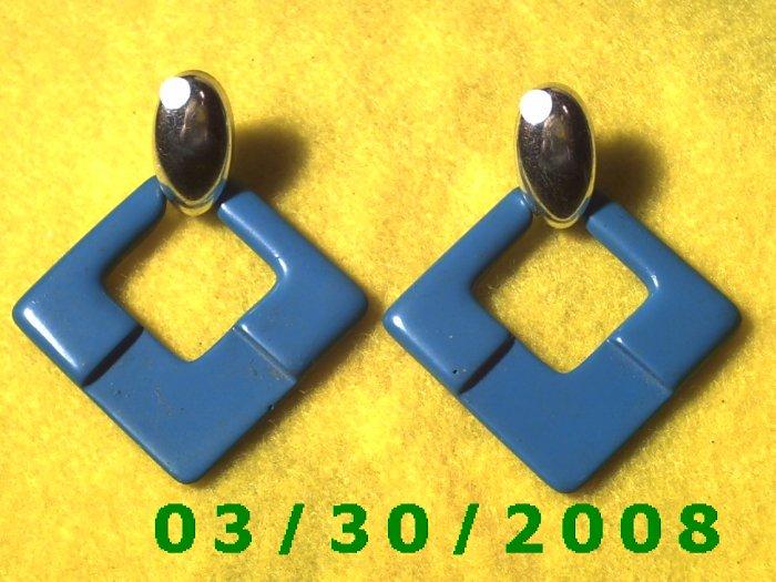 Silver n Blue Pierced Earrings  (037)