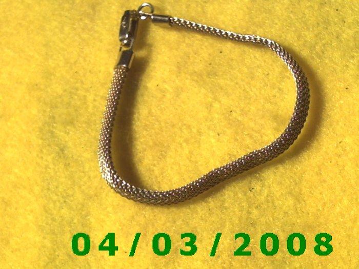 Gold Bracelet (Sac )    017