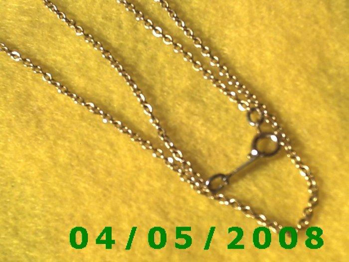 Gold Necklace    E5025