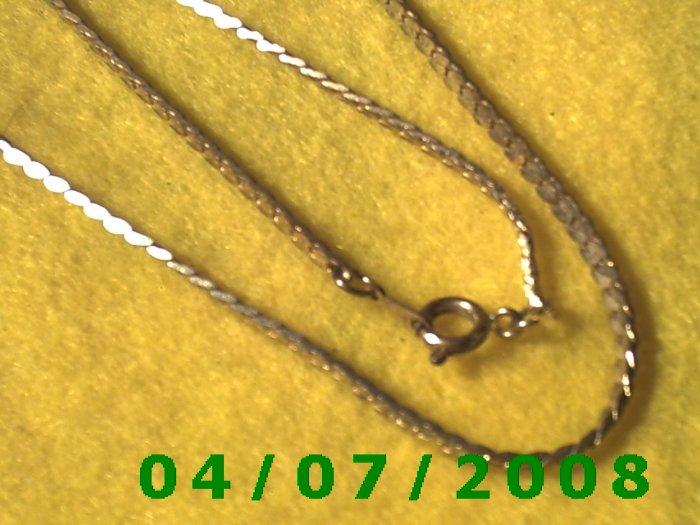 Gold Necklace    E5049