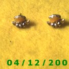 Gold Character Pierced Earrings      Q1003
