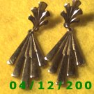 Gold Pierced Earrings     Q1006