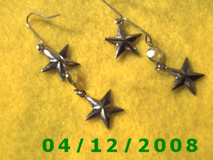 Silver Stars Pierced Earrings     Q1019