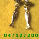 Silver Fish Pierced Earrings      Q1021