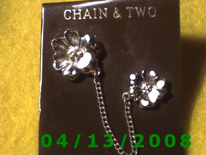 Chain and 2 Flowers Silver Vintage Hat Pins         Q2003