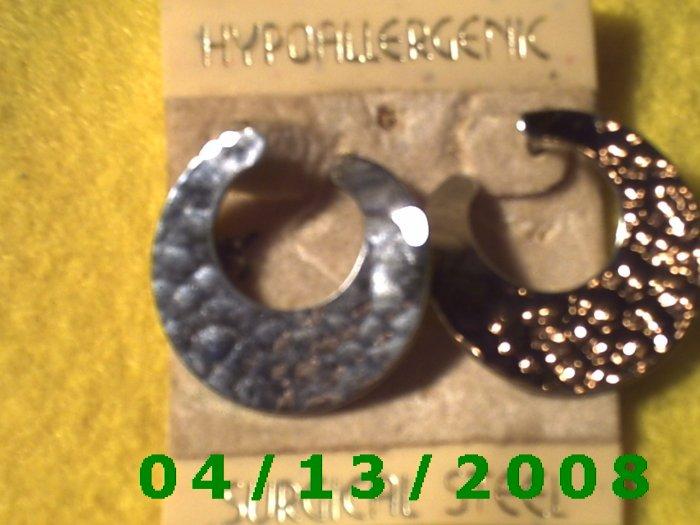 Round Silver Pierced Earrings       Q2019