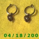 Silver Hoop Pierced Earrings w/Gold Charm (LCI)        Q3A004