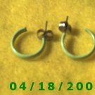 Green Hoop Pierced Earrings        Q3009