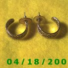Gold Hoop Pierced Earrings    Q3A007