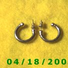 Silver Hoop Pierced Earrings    Q3A009