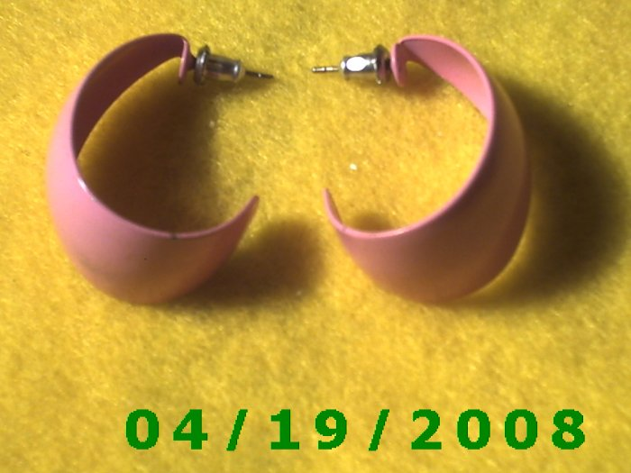 Pink Hoop Pierced Earrings    Q3049