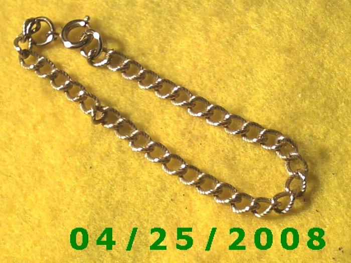 Gold Bracelet       B003