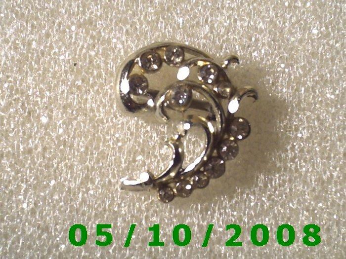 Silver Plant w/rhinestones Pin  (A073)