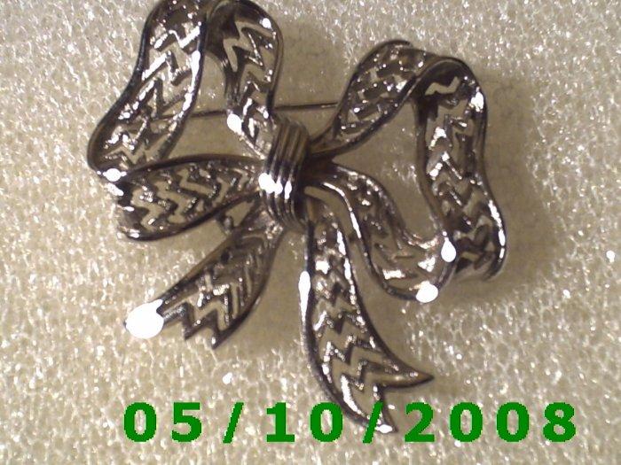 Silver Bow Pin