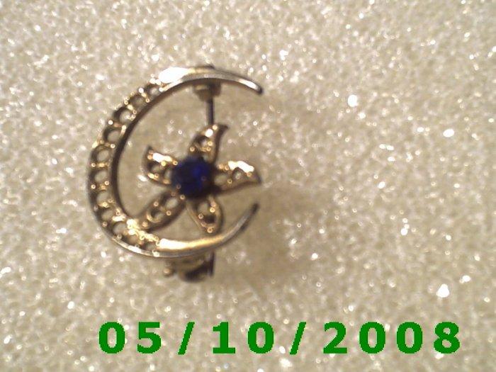 Gold Moon w/Sapphire Pin