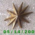 Gold Starburst Pin    B033
