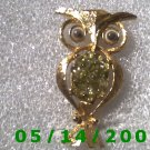 Gold Owl Pin    B029