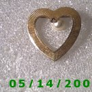 Gold Heart n Pearl Pin    B003