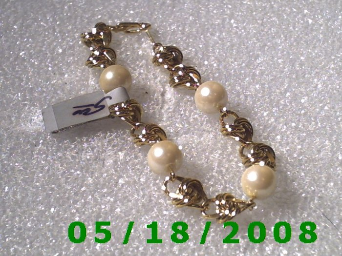 "7"" Gold Plated Bracelet w/beads (004) (054)"