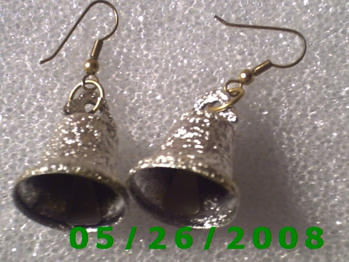 Silver Bell Pierced Earrings     C017