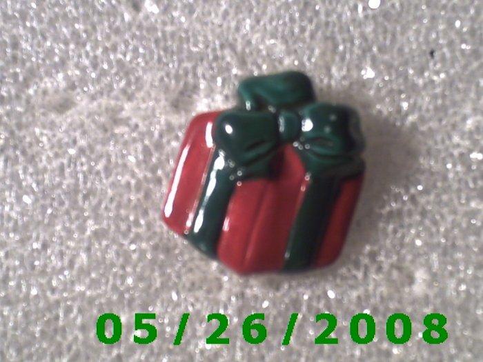 Present Pin     C008