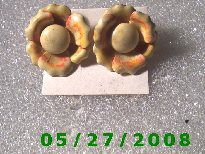 Flower Clip On Earrings    D019