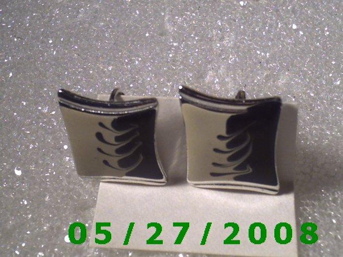 Silver Clip On Earrings    D021 1002