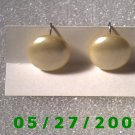 Ivory Buttons w/screw back Earrings    D027