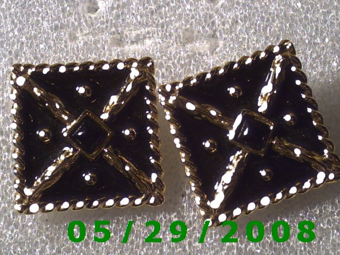 Gold n Black Clip On Earrings   D053