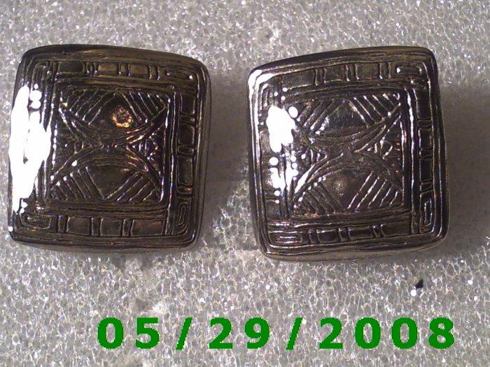 Silver Clip On Earrings    D055