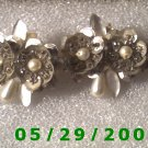 Silver Flowers Clip On    D065