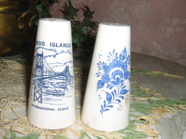 MIJ Blue Delft Salt & Pepper Shakers International bridge