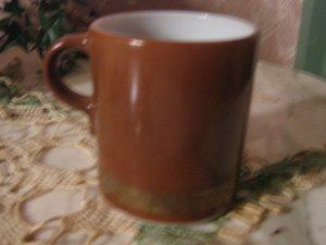 Vintage Pyrex ~ large mug ~ Burnt Umber / brown ~  gold band