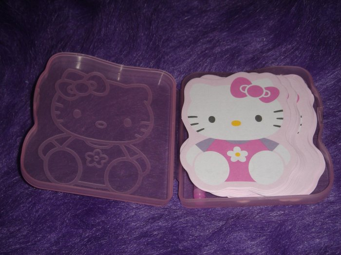 Hello Kitty Die Cut memos with pen and box Sanrio