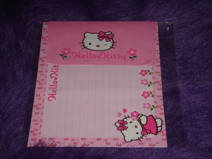 Sanrio Hello Kitty Pink Flowers Letter Set 1