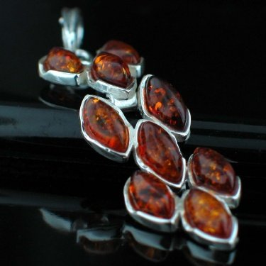 SALE!! - Baltic Amber pendant (waterfall cognac)