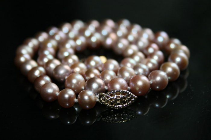 SALE!! - Genuine Fresh Water Purple Pearl Necklace with 14K Gold Clasp