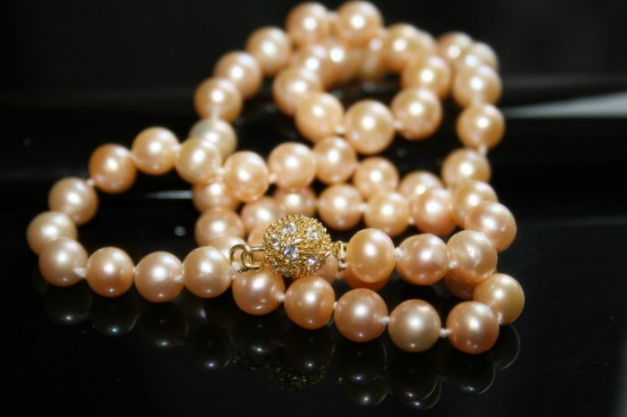 SALE!! - Genuine Pink Akoya Pearls Necklace