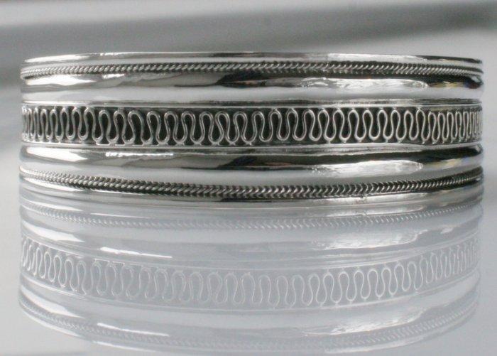 SALE!! - Genuine 925 Sterling Silver Cuffs (Bangles) - Swirl Center