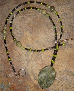 Mossy Grotto necklace - moss jasper
