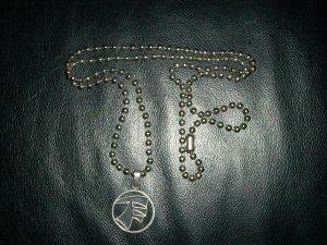 TF Medallion & Chain