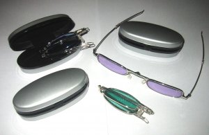 Mini foldable sunglass